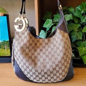 Gucci Bags - GUCCI🌷AUTHENTIC SIGNATURE GG WEB CHARLOTTE
